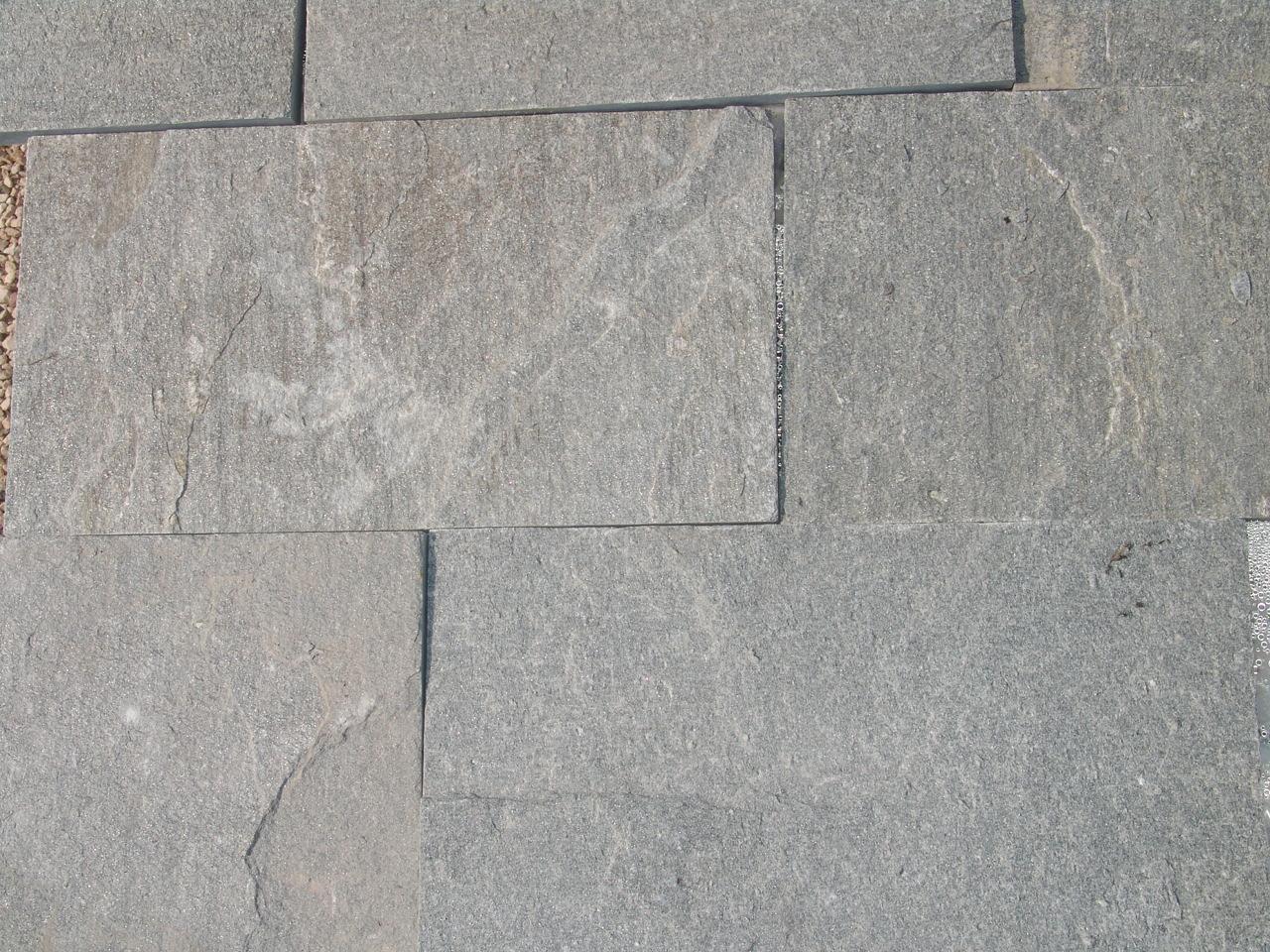 Pietre per viali e porfidi per esterni for Mosaici e marmi per pavimenti e rivestimenti