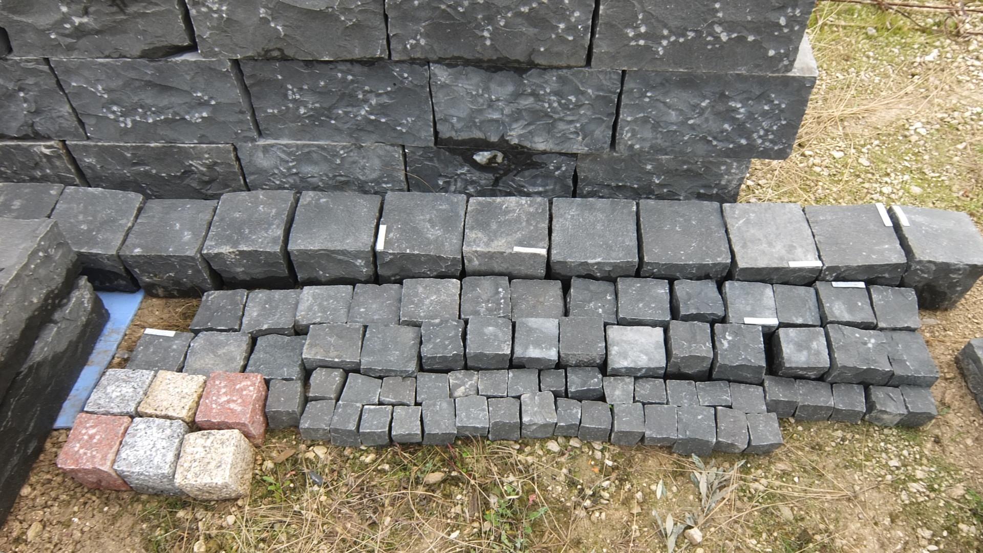 Mattoni prezzi calo dei prezzi delle case with mattoni for Costo di costruzione casa di mattoni