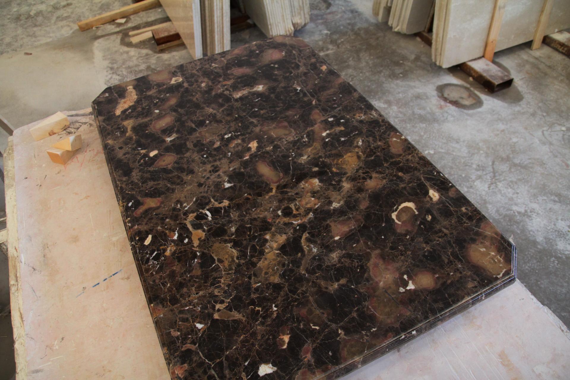 Tavolo di marmo for Tavolo effetto marmo