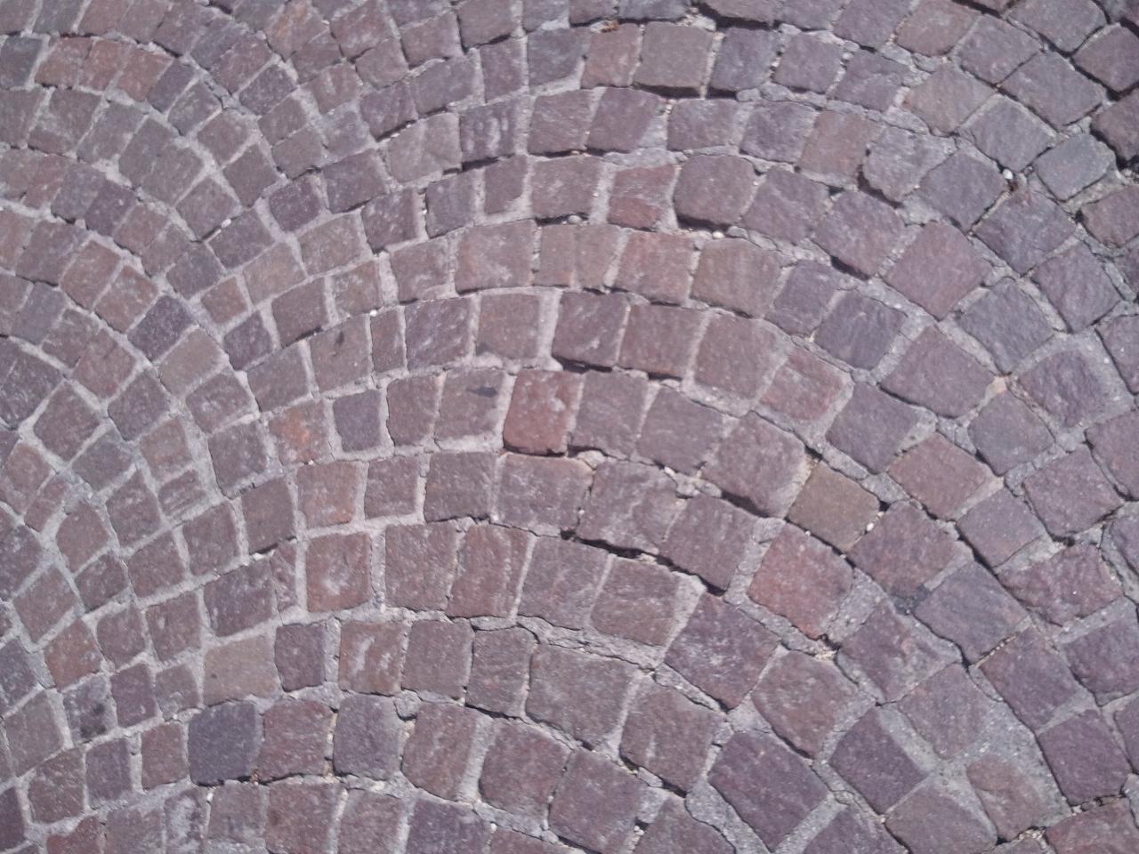 Foto di pietre per piazze porfido o pietrame per muri for Pavimento esterno in porfido