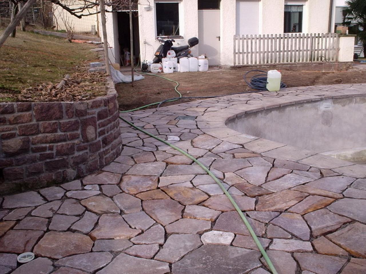 Foto di porfido da costruzione porfido per viali porfido for Leroy merlin pavimenti esterni