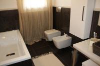 Immagini di meravigliosi bagni venduti dalla zem enrico marmi