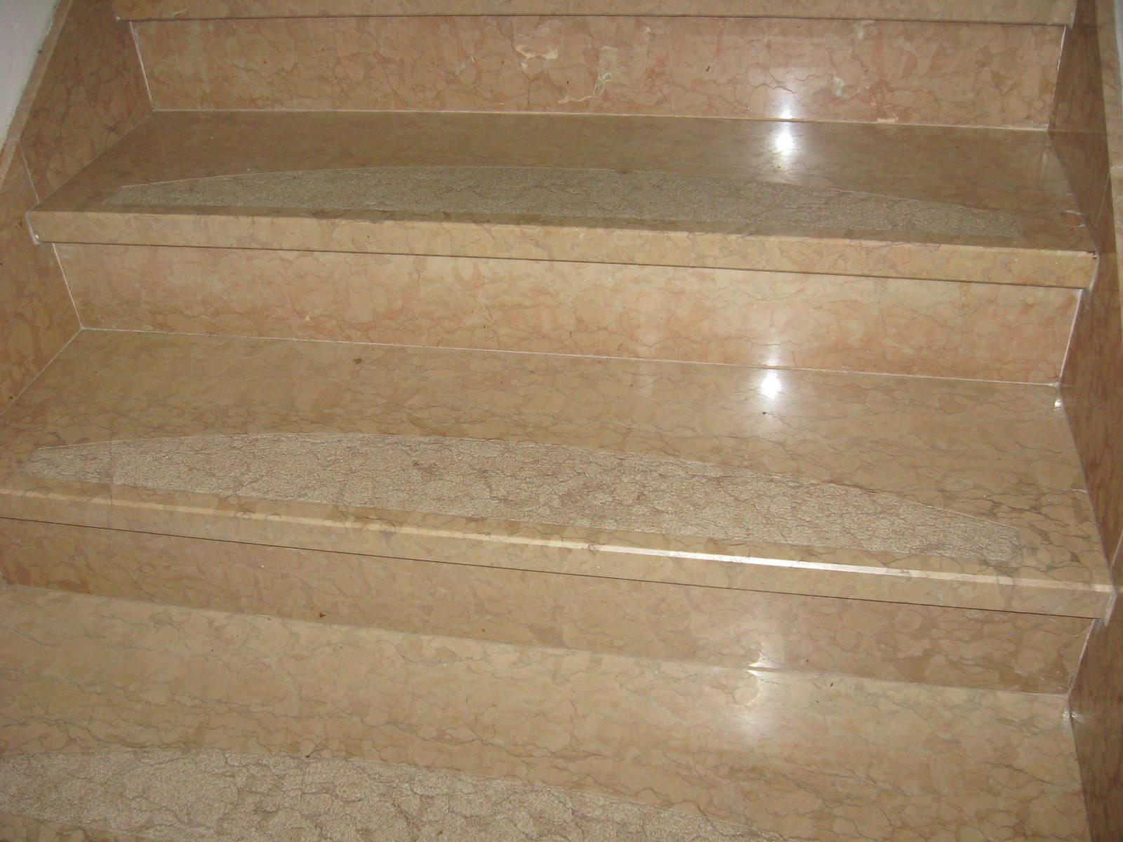 Scale interne in marmo tutto su ispirazione design casa for Marmo per scale interne prezzi