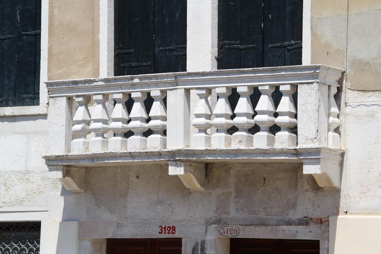 Immagini di balaustre di marmo e pietra - Balaustres de piedra ...