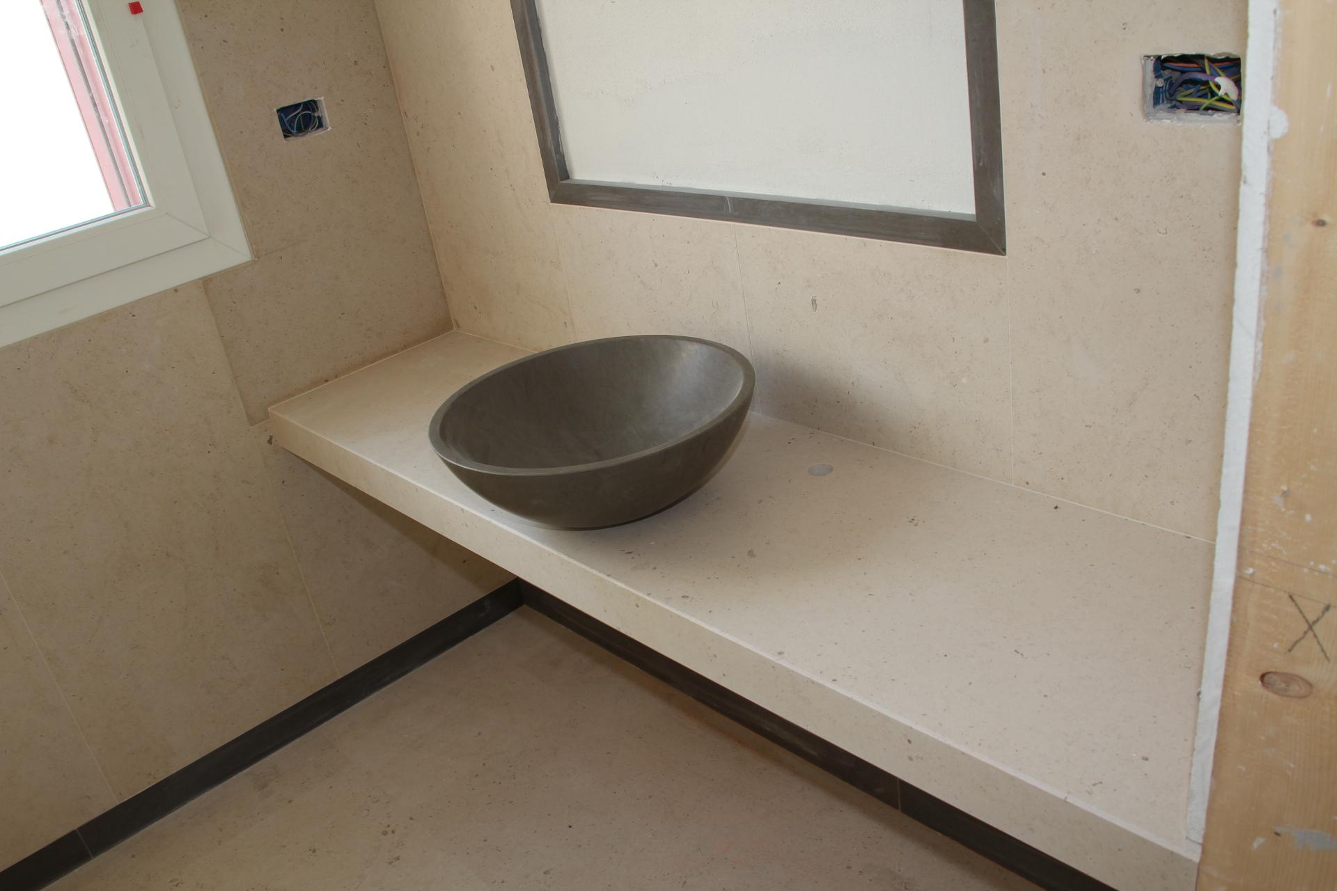 top da bagno in marmo travertino noce top in marmo con ciottola di medea