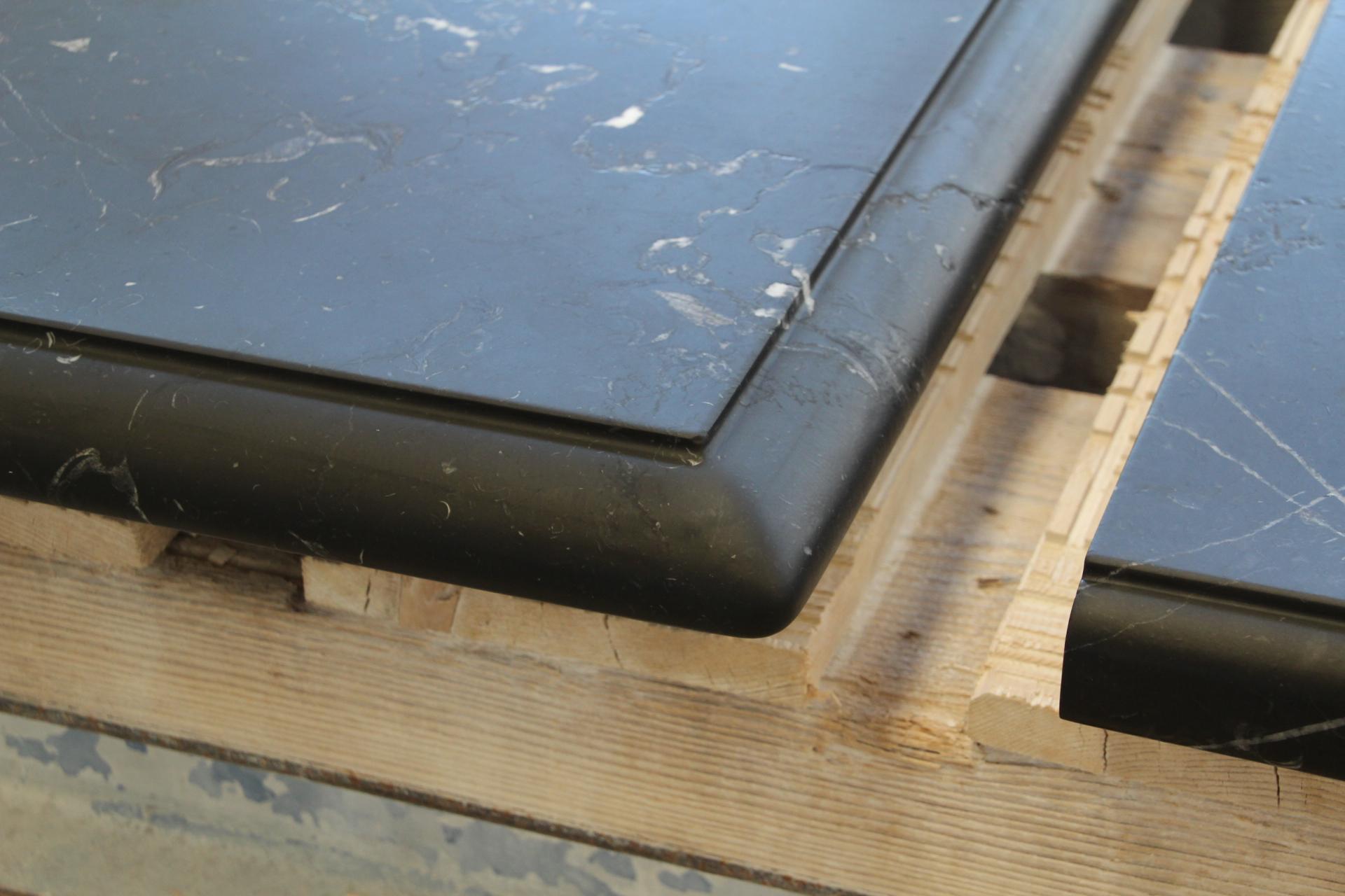 piano di cucina in marmo nero marquina spazzolato