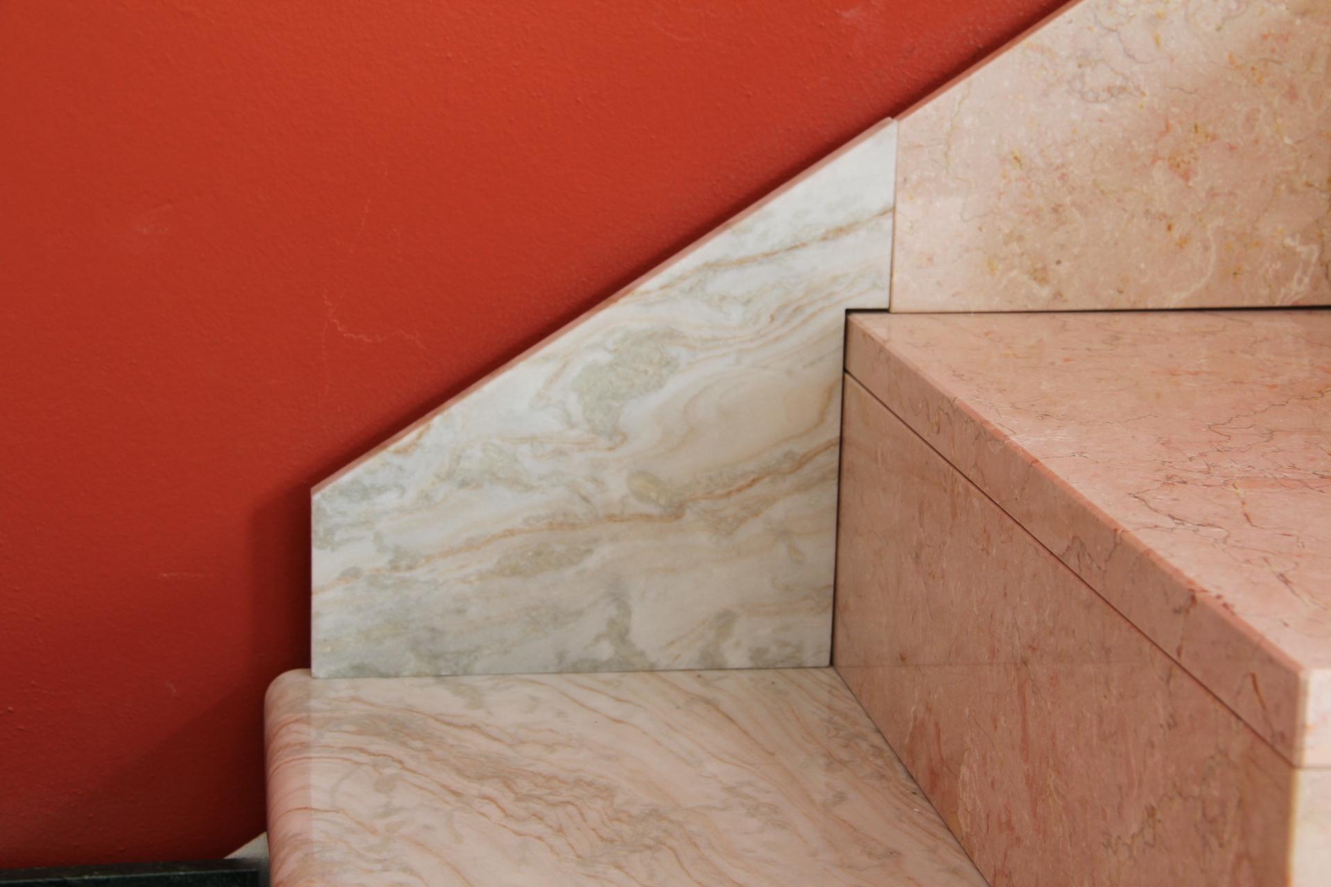 Foto di zoccolini di marmo e pietra con esempi di lavorazione - Granito per scale ...