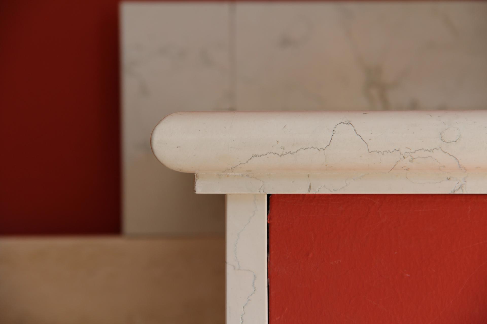 Foto di scalini di marmo con esempi di lavorazione delle coste for Zoccolini in pietra