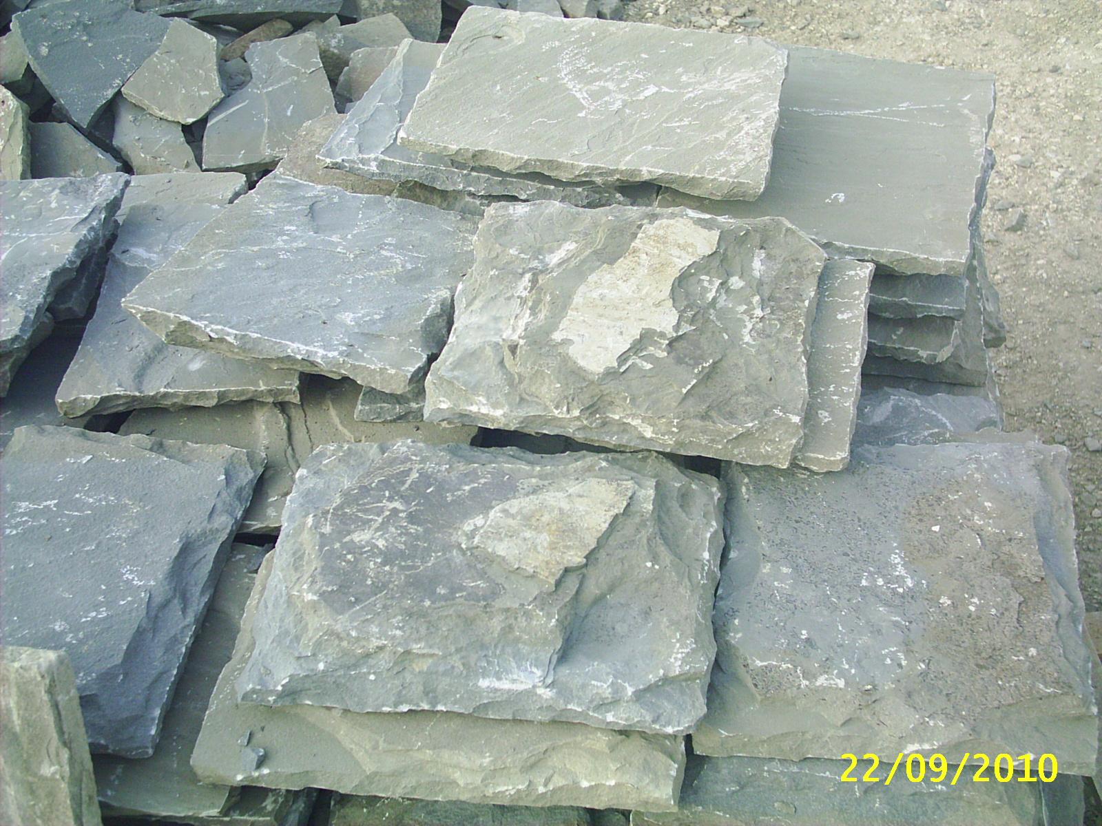 Piastrelle in pietra per esterni cheap luardesia il meteriale