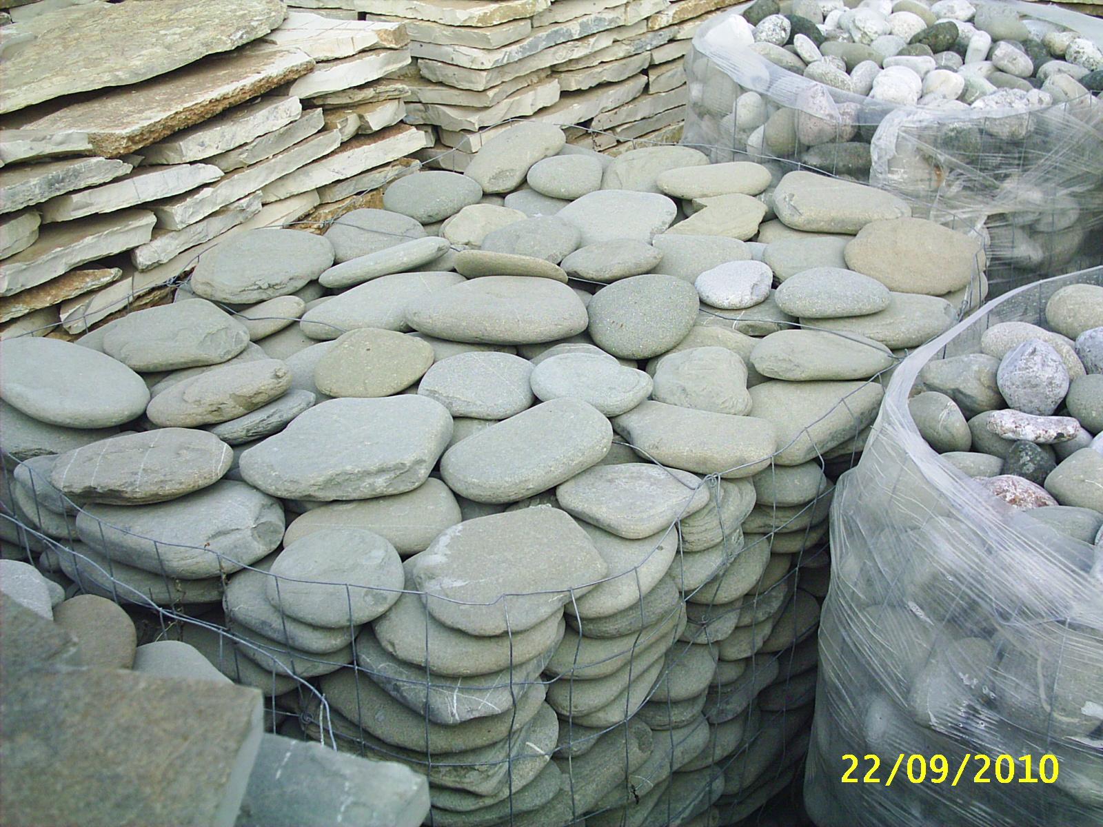 Foto di sassi per muri pietre per muratura for Sassi bianchi da giardino prezzo