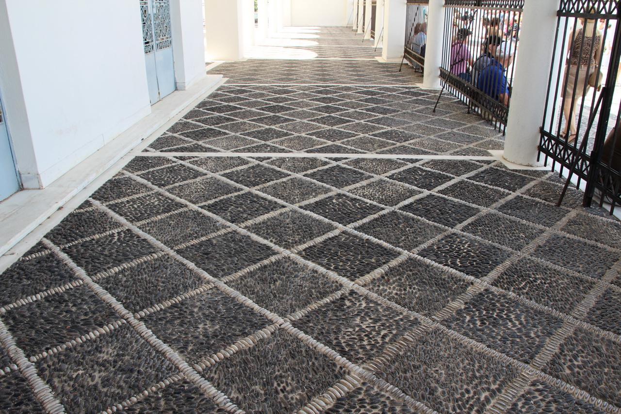 Foto di ciottoli di marmo e di porfido pavimenti in ciottoli - Foto pavimenti ...